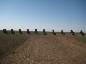 800px-Cadillac_Ranch,_distant